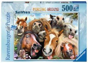 Ravensburger Selfies No.1, Horsing Around